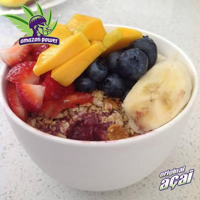 Acai Bowl with Banana & Mixed Berries
